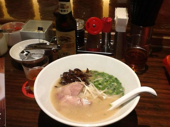 Hakata ippudo : Shiromaru Motoaji, their signature dish