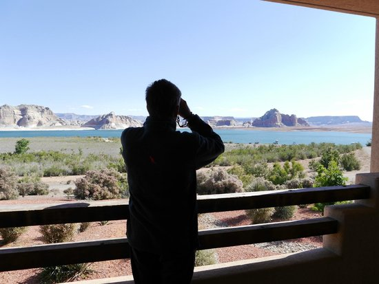 Lake Powell Resort : You can see for miles with binoculars