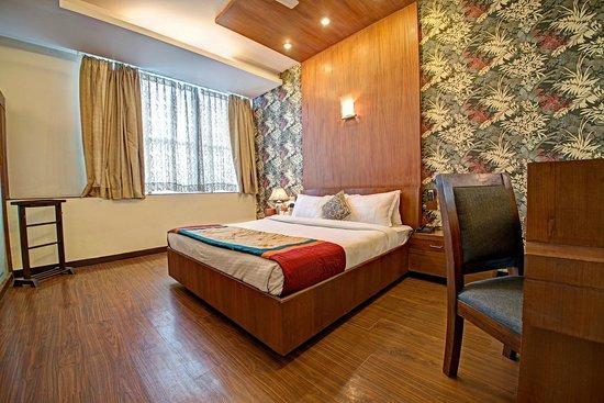 Hotel PR Residency: Royale Suite
