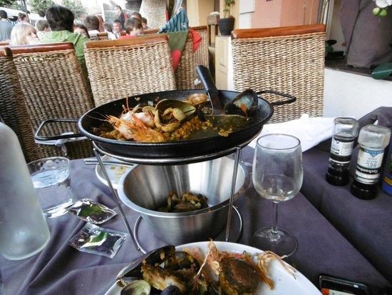 Paella at Chez Freddy