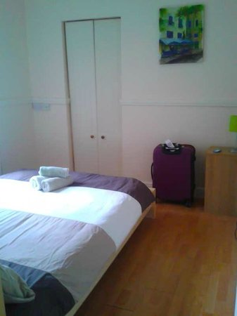 The Dublin Central Hostel: private double room ensuite