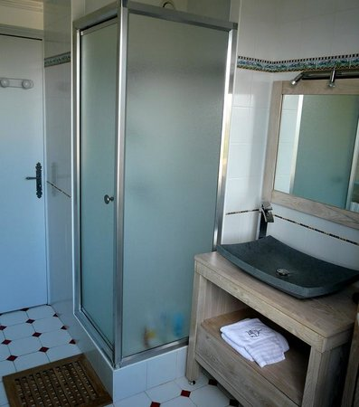 Gîte de la Confluence : 2éme cabinet de toilette