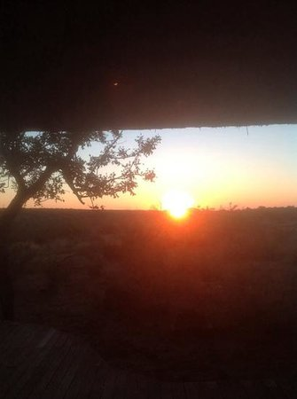 Rhulani Safari Lodge : sunrise at Rhulani