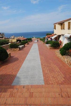Hotel Mon Repos Hermitage: La passeggiata al mare!