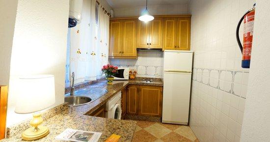 Apartamentos Turisticos Embrujo de Azahar: Cocina