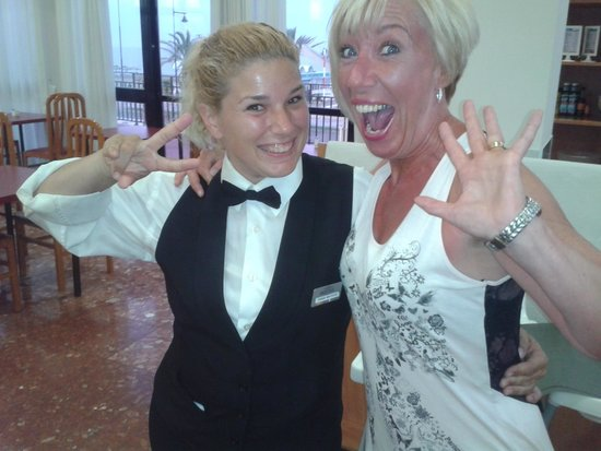 Hotel Puente Real: Tania Mateos - Restaurant Staff