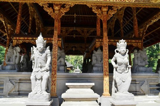 Temple de Tirta Empul : Tirta-Empul-Tempel