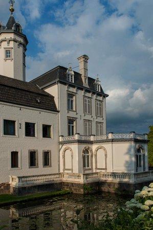 Teaching Hotel Chateau Bethlehem: Blick vom Parkplatz aus