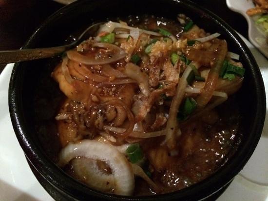 Pho Phu Quoc Vietnamese Restaurant: pepper fish in a claypot 8/10