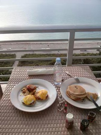 Grand Beach Hotel : Breakfast