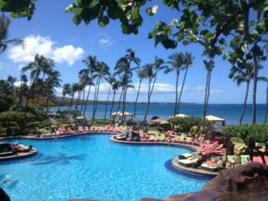 Hyatt Regency Maui Resort and Spa: pool with a view!