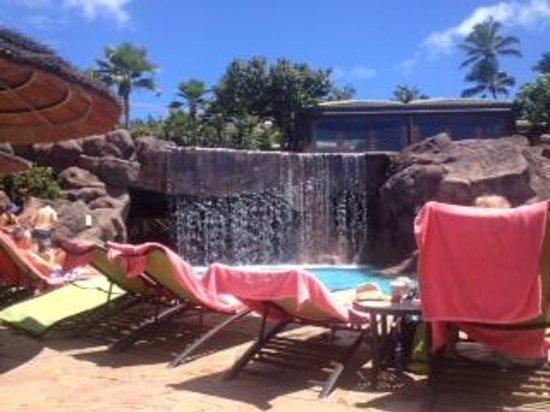 Hyatt Regency Maui Resort and Spa: poolside