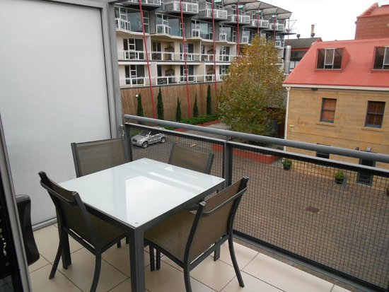 Sullivans Cove Apartments: Private Balcony