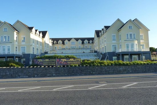 Galway Bay Hotel : Hotel from promenade