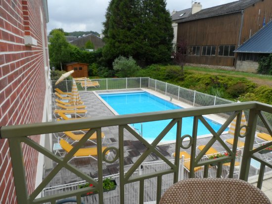 La Closerie Honfleur: Gorgeous pool, heated