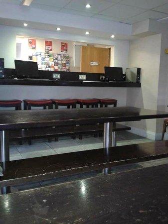 Sleepzone Hostel Galway : Dining room