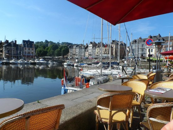 La Closerie Honfleur : The lovely town of honfleur