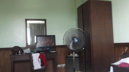 Alu Hotel: Room 404