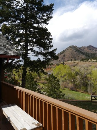 Chipita Lodge Bed and Breakfast: View from rear veranda