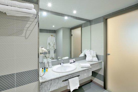 Hotel Troya: Cuarto de Baño