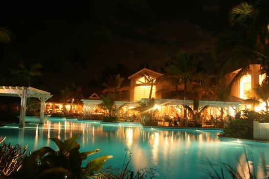 Sugar Beach Mauritius: beautful pool area