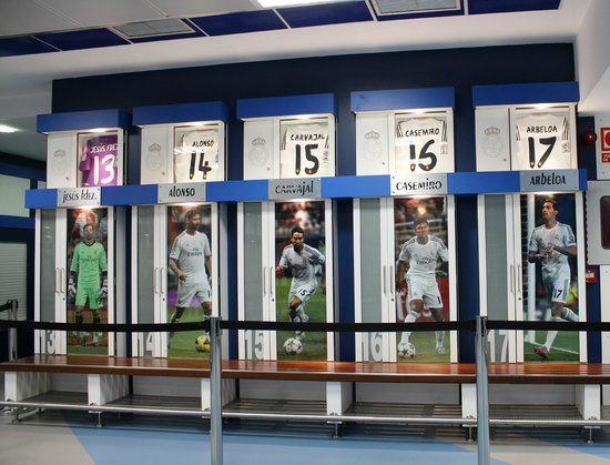 Estadio Santiago Bernabéu: Santiago Bernabeu