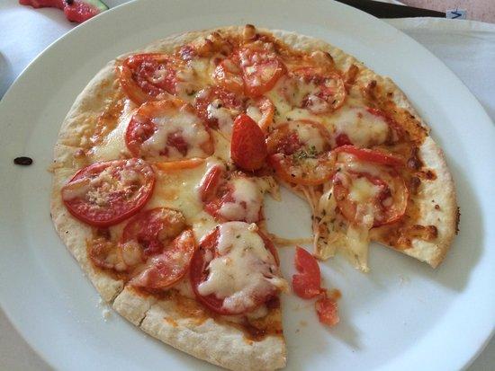 Centara Villas Samui : $9AU room service pizza