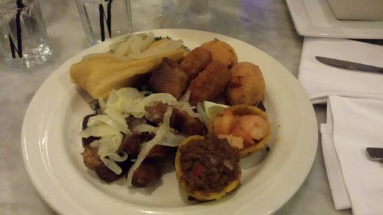 Bongos Cuban Cafe: No need for dinner, the appetizer was good enough.