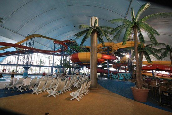 Fallsview Indoor Waterpark: The Bowl