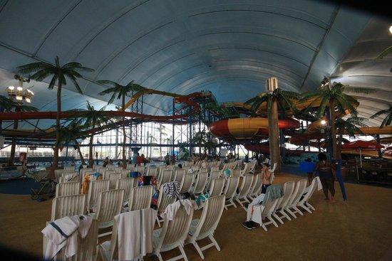 Fallsview Indoor Waterpark: Slides & Bowl