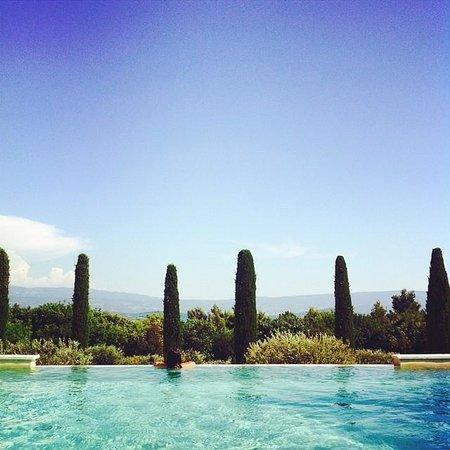 Le Jas de Joucas: La piscine à débordement