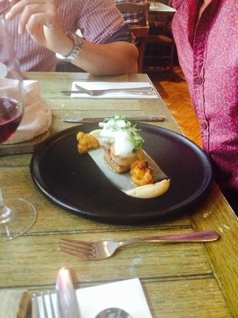 The Chequers: hand dived scallops