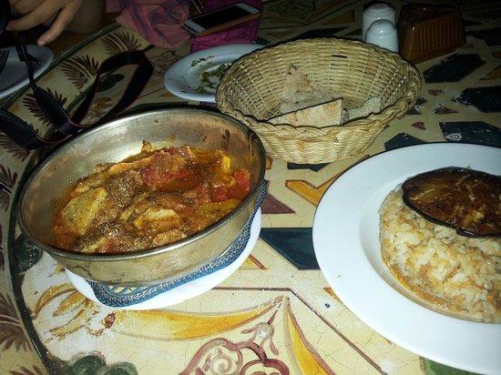 Sofra Restaurant & Cafe : Mains