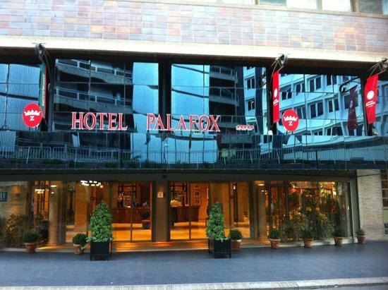 Palafox Hotel: ingresso esterno