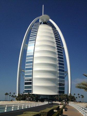 Burj from the drive picture of sahn eddar dubai for Dubai hotel 7 stars