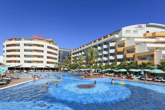 My Home Resort Hotel: B + A Blok