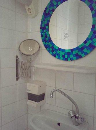 The Greenhouse Effect: bathroom