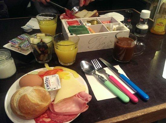 The Greenhouse Effect: breakfast buffet