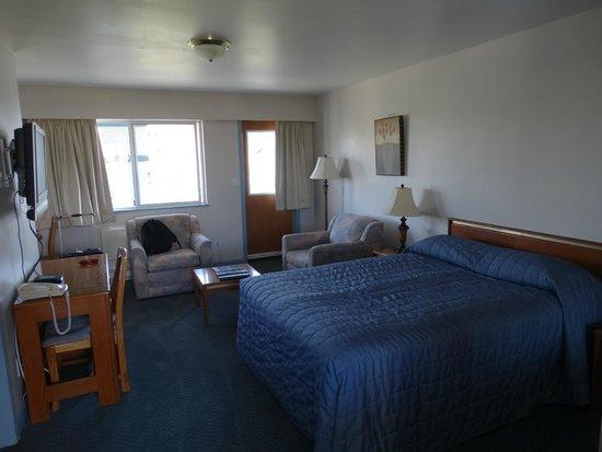 Admiral Inn: Our first third floor room