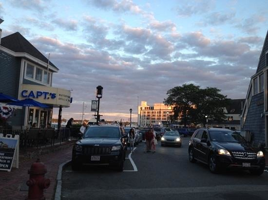 Boston Harbor Cruises : Dinner at Day's End