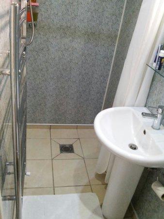 Accommodation London Bridge : Il bagno della camera