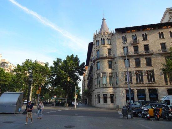 Paseo de Gracia (Passeig de Gracia): великолепная архитектура