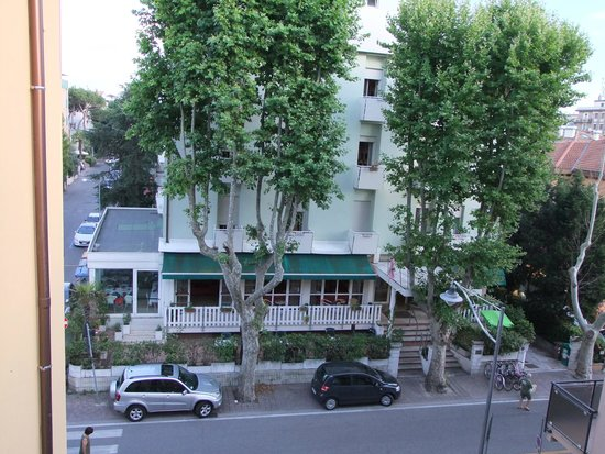 Hotel Villa Itala : вид из номера