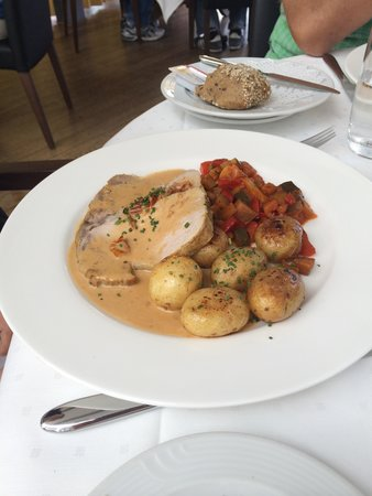 Rigi Kulm Hotel: Schlichtes Essen, qualitativ jedoch ok.
