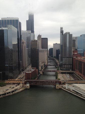Holiday Inn Chicago Mart Plaza River North : Picture from room