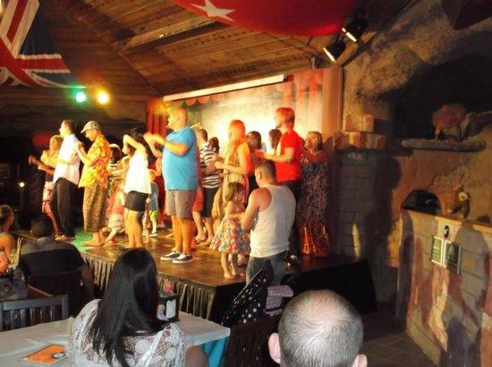Grand Aquarium: 'Club Dancing' with the Entertainment Team