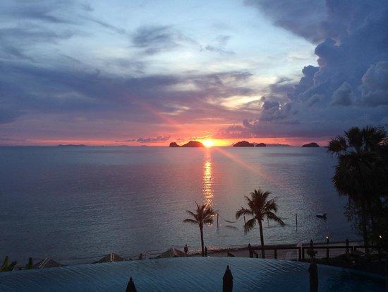 Conrad Koh Samui : 夕陽