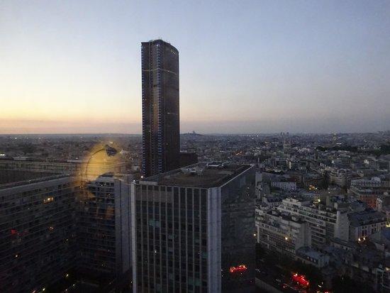 Pullman Paris Montparnasse: 部屋からの眺め(18階)