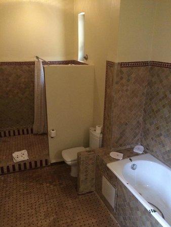 Les Borjs de la Kasbah : Bathroom