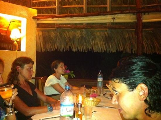 Orangea Village : cena al villaggio